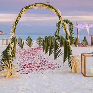 Maldives Honeymoon Packages Baglioni Maldives Resorts Beach Wedding Setup