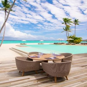 Maldives Honeymoon Packages Baglioni Maldives Resorts Pool Bar