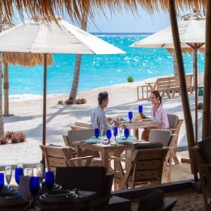 Maldives Honeymoon Packages Emerald Resort & Spa Beach Club Grill Restaurant