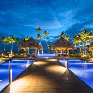 Maldives Honeymoon Packages Emerald Resort & Spa Pool1