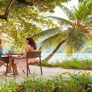 Constance Ephelia - Luxury Seychelles Honeymoon Packages - Cyann beach lunch