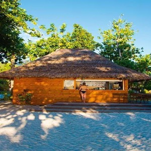 Constance Ephelia - Luxury Seychelles Honeymoon Packages - Kabana bar