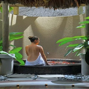 Constance Ephelia - Luxury Seychelles Honeymoon Packages - Spa bath