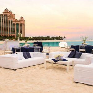 Cove Beach Group Celebration The Cove At Atlantis Bahamas Honeymoons