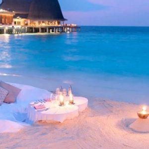 Maldives honeymoon Packages Anantara Kihavah Maldives Dining By Design