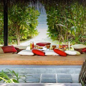Maldives honeymoon Packages Anantara Kihavah Maldives In Villa Dining