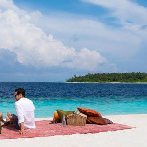 Luxury Maldives Holiday Packages Anantara Kihavah Maldives Picnic