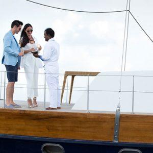 Luxury Maldives Holiday Packages Anantara Kihavah Maldives Yacht