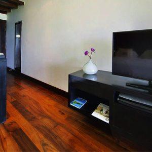 Sri Lanka Honeymoon Packages The Fortress Resort And Spa Beach Splash Room 2