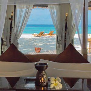 Maldives Honeymoon Packages Banyan Tree Vabbinfaru Beachfront Pool Villa