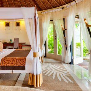 Maldives Honeymoon Packages Banyan Tree Vabbinfaru Bedroom