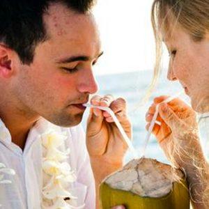 Maldives Honeymoon Packages Banyan Tree Vabbinfaru Couples