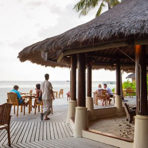 Maldives Honeymoon Packages Banyan Tree Vabbinfaru Naiboli Bar