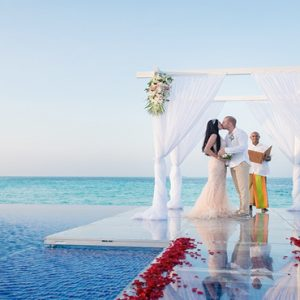 Maldives Honeymoon Packages Conrad Maldives Rangali Island Couple Wedding On The Beach