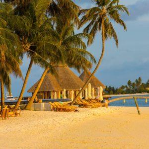 Maldives Honeymoon Packages Conrad Maldives Rangali Island Rangali Bar1