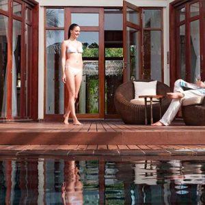 Maldives Honeymoon Packages Constance Halaveli Resort Presidential Villa Couple
