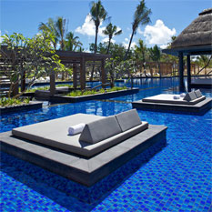 long beach, honeymoon mauritius turquoise ocean, swmiingpool, romance