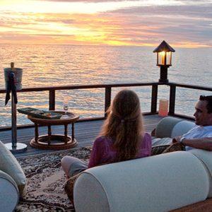Sunset Jetty Banyan Tree Vabbinfaru Luxury Maldives Holidays