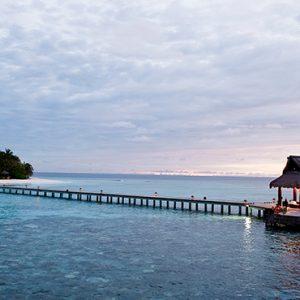 Welcome Jetty Banyan Tree Vabbinfaru Luxury Maldives Holidays