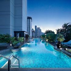 Banyan Tree Bangkok roof top pool