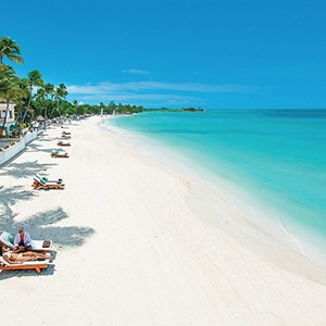 Beachfront - Sandals Antigua Grande Resort and Spa - Luxury Antigua Honeymoons