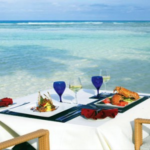 Hilton Seychelles Labriz Resort & Spa - Luxury Seychelles Honeymoon Packages - Private beach dining