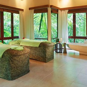 Hilton Seychelles Labriz Resort & Spa - Luxury Seychelles Honeymoon Packages - Spa treatment room