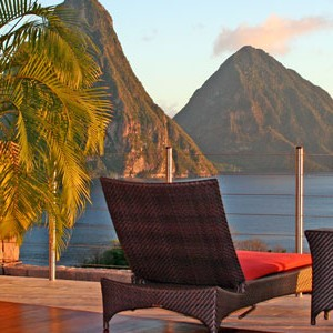 Jade Mountain sundeck