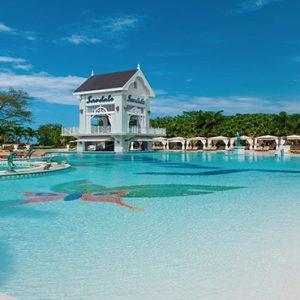 Jamaica Honeymoon Packages Sandals Ochi Beach Resort Pool