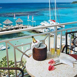 Jamaica Honeymoon Packages Sandals Ochi Beach Resort Riviera Honeymoon Beachfront Club Level 2