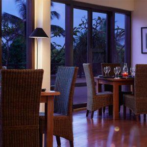 Luxury Sri Lanka Holiday Packages Jetwing BeachNegombo Dining 3