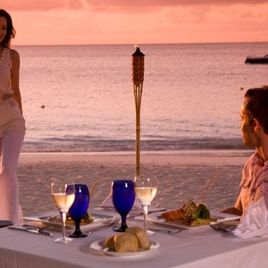 Sandals Grande Antigua Reseort & spa dinner on the beach at sunset