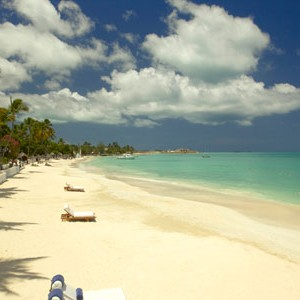 Sandals Grande Antigua Resort & spa white sandy beach