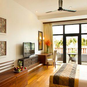 Sri Lanka Honeymoon Packages The Blue Waters Sri Lanka Executive Suite