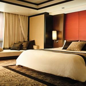 Thailand Honeymoon Packages Banyan Tree Bangkok Oasis Retreat Bedroom