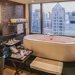 Thailand Honeymoon Packages Banyan Tree Bangkok One Bedroom Suite Bathroom