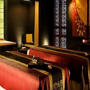 Thailand Honeymoon Packages Banyan Tree Bangkok Spa Treatment Room1