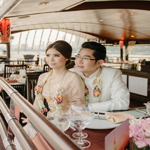 Thailand Honeymoon Packages Banyan Tree Bangkok Wedding Couple On Boat