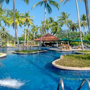 Thailand Honeymoon Packages Banyan Tree Phuket Pool Bar