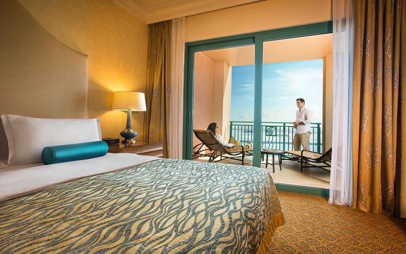 Atlantis dubai the palm dubai honeymoon packages for Terrace view room atlantis