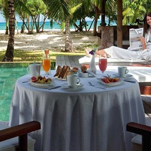 Constance Lemuria - Luxury Seychelles Honeymoon Packages - Beach villa with pool relaxation area