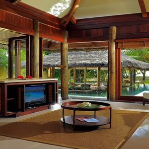 Constance Lemuria - Luxury Seychelles Honeymoon Packages - Beach villa with pool view