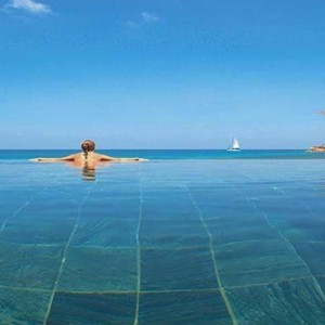 Constance Lemuria - Luxury Seychelles Honeymoon Packages - Presidential villa infinity pool