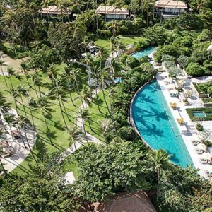 Thailand Honeymoon Package Banyan Tree Samui Pool Bar1