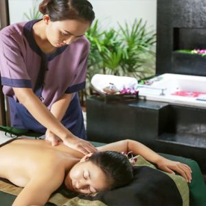 Thailand Honeymoon Package Banyan Tree Samui Spa Massage1