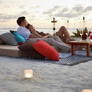 Private Relaxing And Dining On Beach The Residence Maldives At Falhumaafushi Maldives Honeymoons