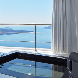 2 EXPERIENCE JETTED TUB SUITES - sun Rocks Hotel Santorini - luxury santorini honeymoon packages
