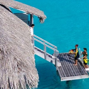 Canoe breakfast - InterContinental Bora Bora Resort and Thalasso Spa - Luxury Bora Bora honeymoon Packages