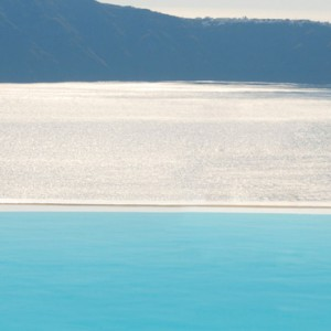 Pool 2 - sun Rocks Hotel Santorini - luxury santorini honeymoon packages