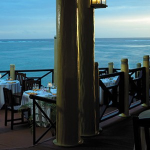 Shangri-la-Fijian-restaurant2